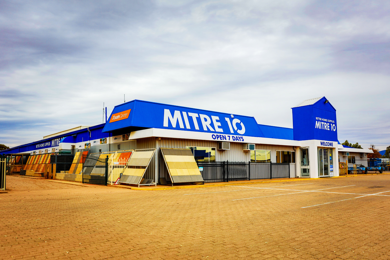 better-homes-supplies-mitre-10-port-augusta-hardware-centre-slider